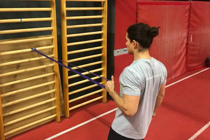Trening po rehabilitaciji izpaha rame