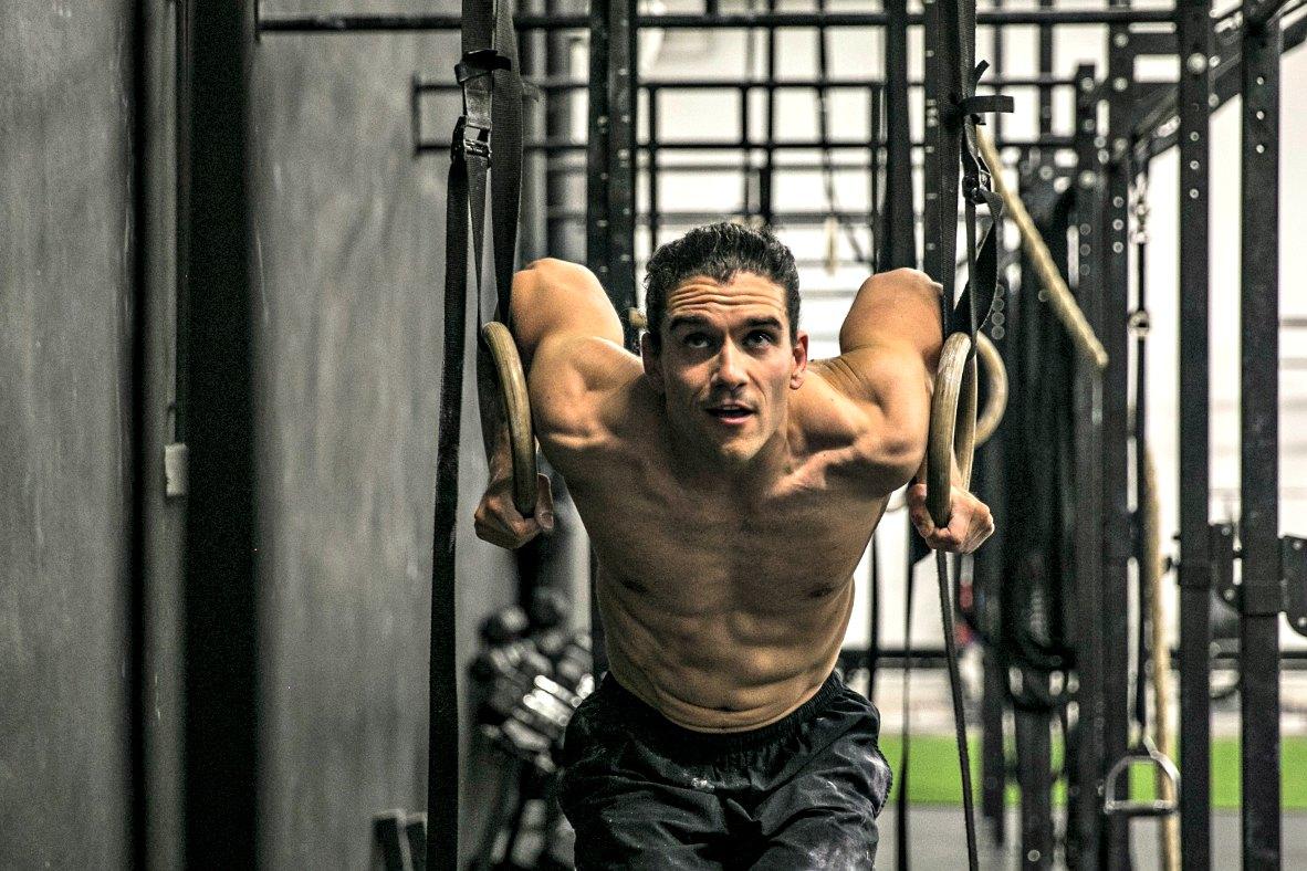Bolečine v ramenih – kaj storiti?